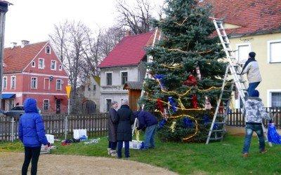 Weihnachtsbaum in Pobiedna