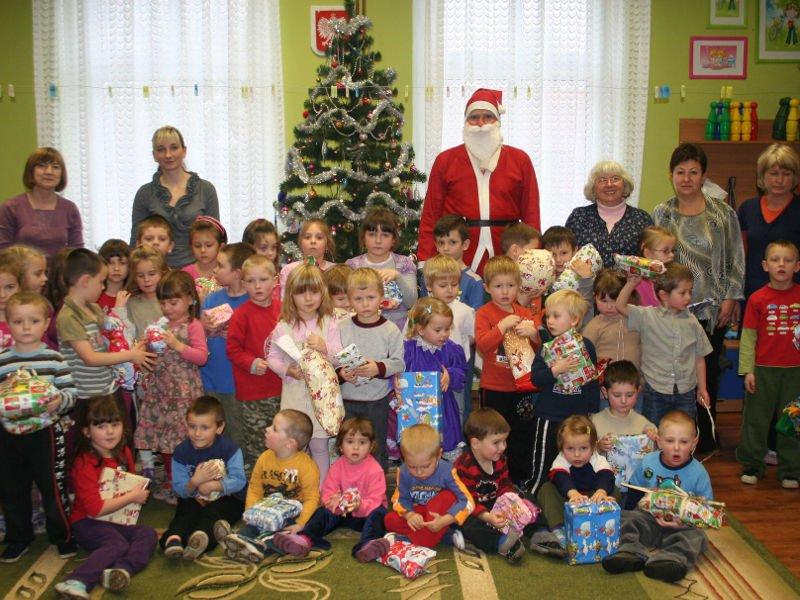 Wczesne Boże Narodzenie w przedszkolu i szkole